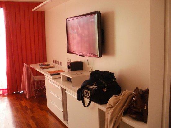 Ilum Experience Home: tv 42 pulgadas