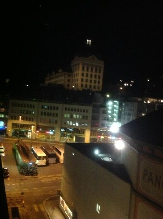 ibis Styles Luzern City : view at night