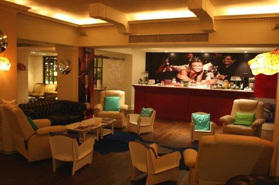 Pallas Athena Grecotel Boutique Hotel: Una delle sale comuni