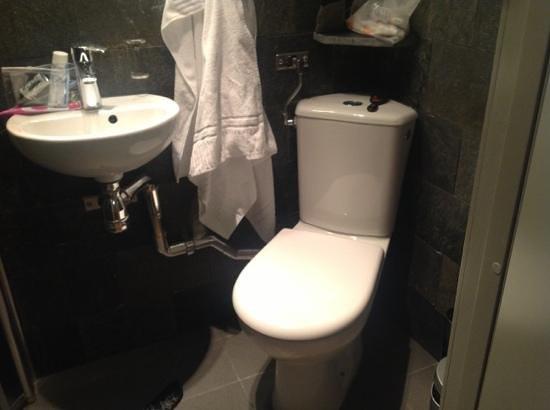 Rex Hotel : baño