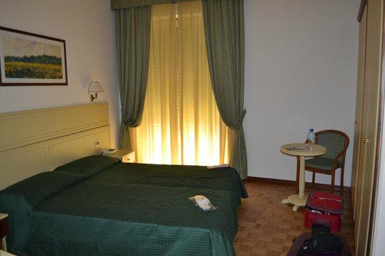Grande Albergo Maugeri: letto,camera da letto