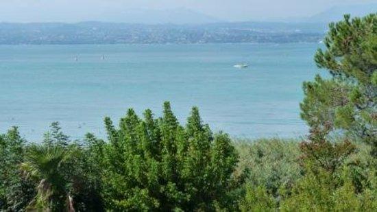 Hotel Miramar: View towards lake from veranda