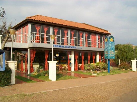 Hotel Termal Dayman: la entrada