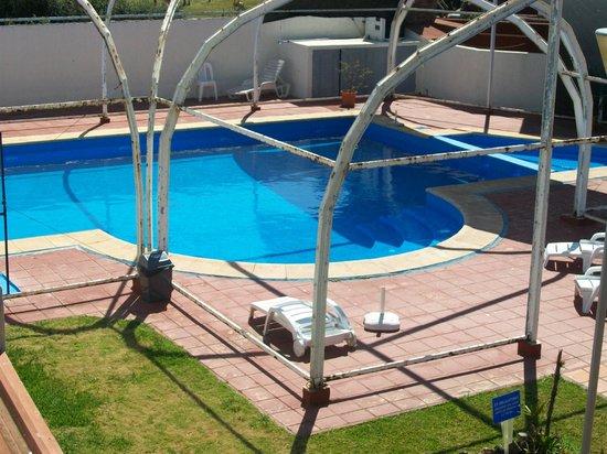Hotel Termal Dayman: piscina
