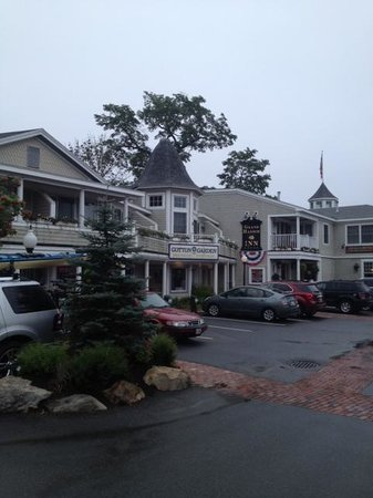 Grand Harbor Inn: Our room was on the left side: #10