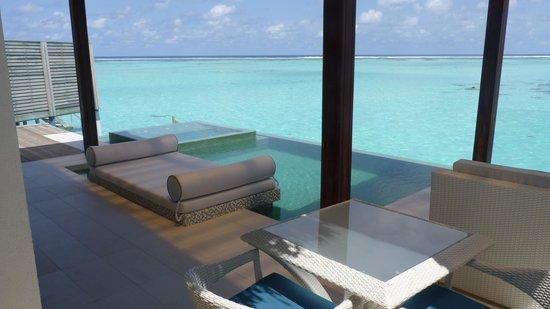 PER AQUUM Niyama Maldives: Terraza