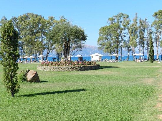 TUI FAMILY LIFE Kerkyra Golf: Parc de l'hôtel