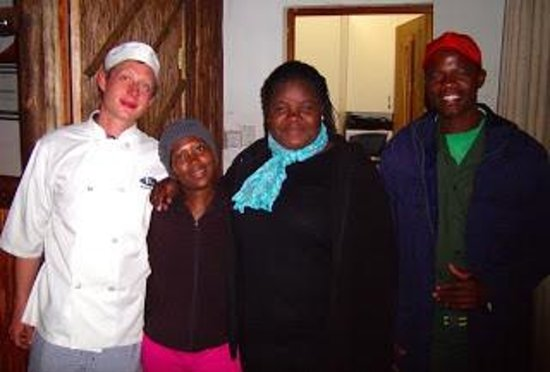 MoAfrika Lodge: More staff--wish we had a picture of ALL the staff together.