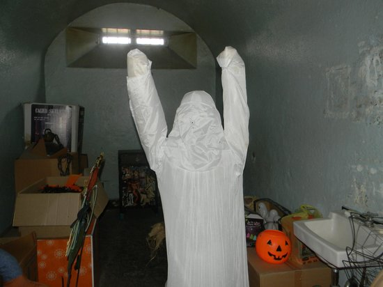 Old Jail Museum : I got a picture of a ghost in one of the cells! haha