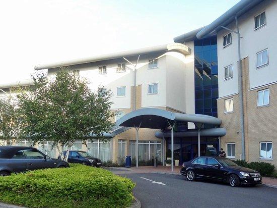 Holiday Inn Express Southampton M27 Jct 7: Exterior