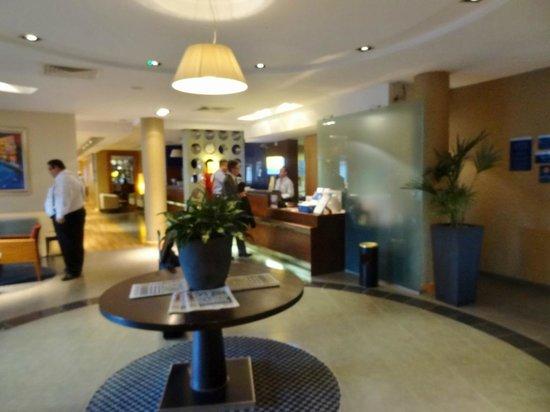Holiday Inn Express Southampton M27 Jct 7: Lobby