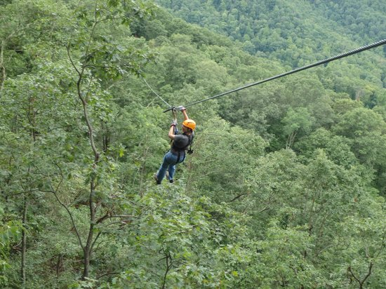 The Gorge Zipline Canopy Tour