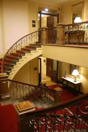 Hotel Kamp: You'll want to skip the elevators!