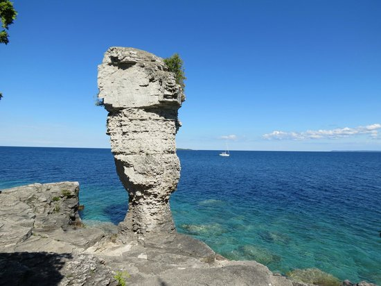Blue Heron Cruises: formation de roche dolomite