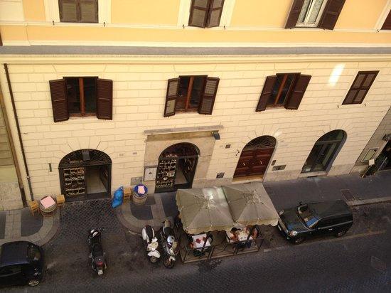 Hotel Virgilio: Street view