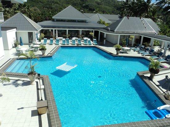 Muri Beach Club Hotel: Pool