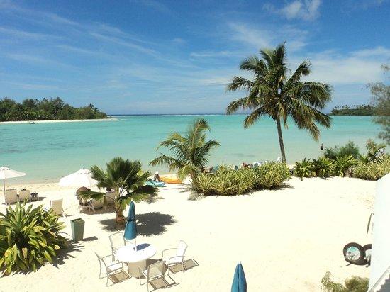 Muri Beach Club Hotel: Muri Lagoon view from the room