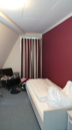 Hotel Hottingen: Room