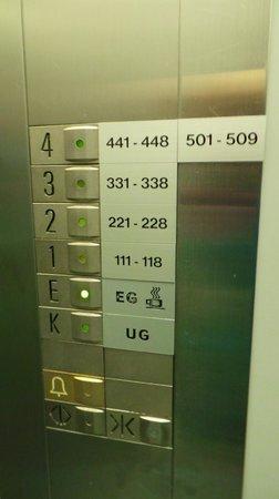 Hotel Hottingen : Elevator
