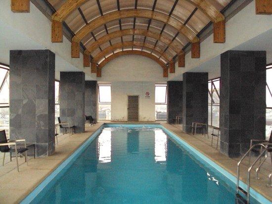 Museo De Artes Apartments : roof top pool