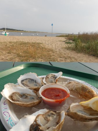 Mac's On the Pier : Oysters