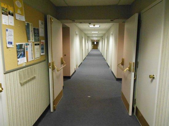 Scarritt-Bennett Center: corridor