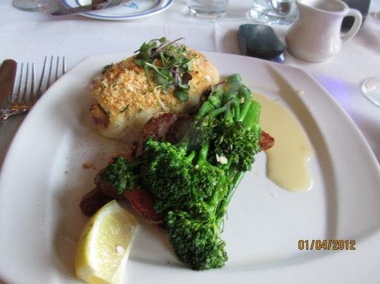 Atlantica Restaurant: Dinner is served