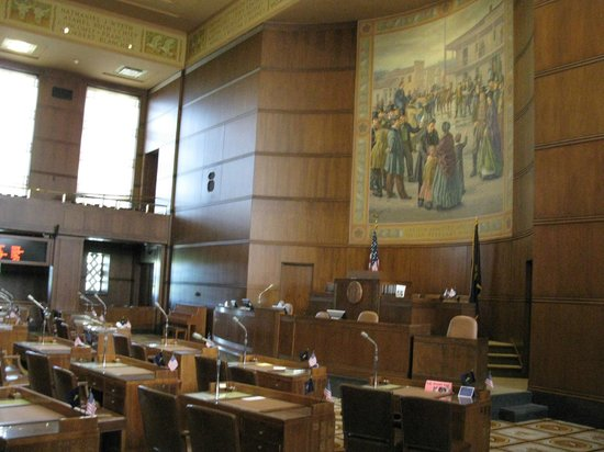 Oregon State Capitol: Oregon State Senate Chamber