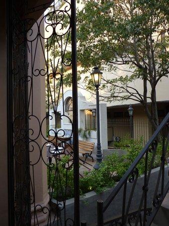 Lo de Osvaldo: Otra foto del patio
