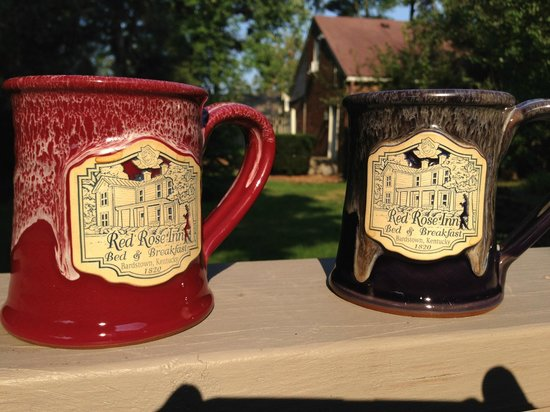 Red Rose Inn Bed and Breakfast: Morning coffee