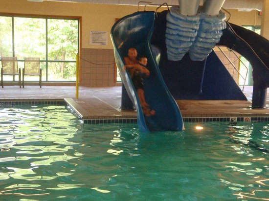 TownePlace Suites Rochester : fun slides