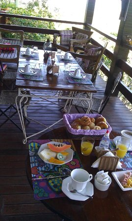 Pousada Boutique Bella Nina : Breakfast Varanda