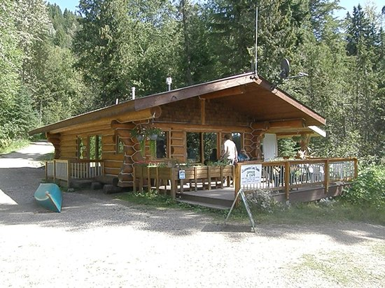 Clearwater Lake Tours: Beautiful Little Snack Shack At Clearwater Lake