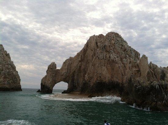 Grand Fiesta Americana Los Cabos All Inclusive Golf & Spa: Whale siting excursion Santa Maria Arch
