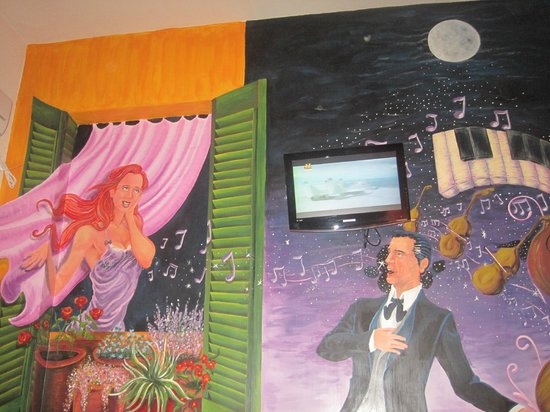 Ayres Portenos Tango Suites: Decoracion habitacion