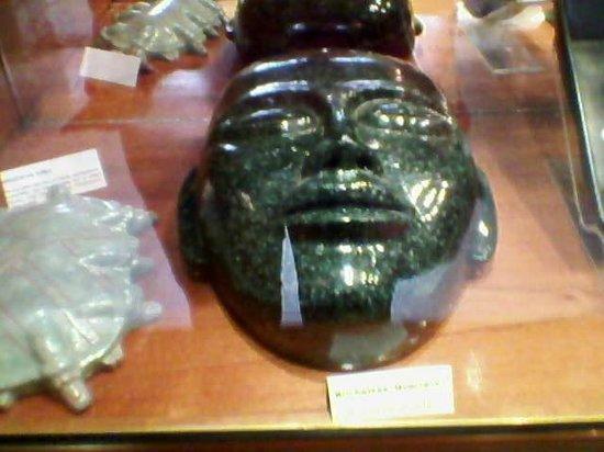 Museo Mesoamericano del Jade: una increible mascara de jade