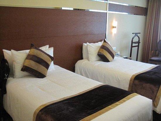 Dynasty Hotel Jin Jiang: Inside the hotel's room