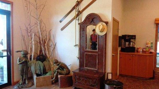 BEST WESTERN Prineville Inn: Front Foyer