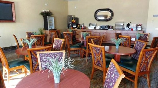 BEST WESTERN Prineville Inn: Breakfast Area