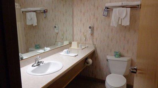 BEST WESTERN Prineville Inn: Bathroom