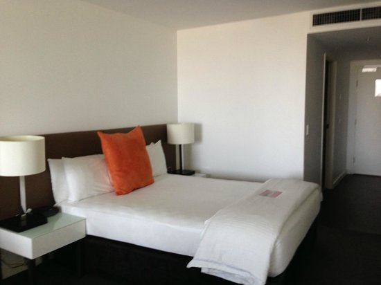 Adina Apartment Hotel Wollongong: Comfy bed
