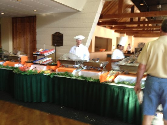 Glenstone Lodge: AYCE Buffet Full Course Meal