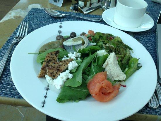 Hilton Capital Grand Abu Dhabi: Healthy Breakfast