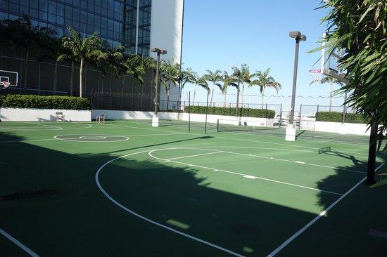 W South Beach Basketball Court