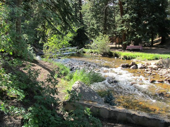 StoneBrook Resort: Brook behind Stonebrook