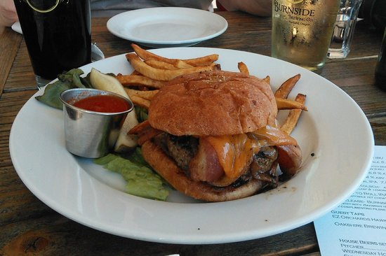 Burnside Brewing Company: If you like meat, get the Brewery Burger...you'll be happy.  The fries looked good, but were jus