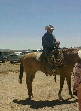 Sonoita Vineyards: Sommelier on Horseback AZ style!