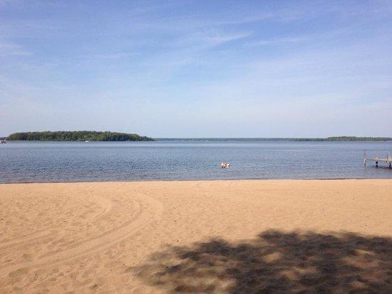 Tip Top Resort: Beach
