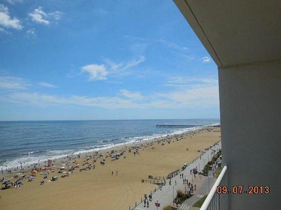 Comfort Inn & Suites Oceanfront : view south
