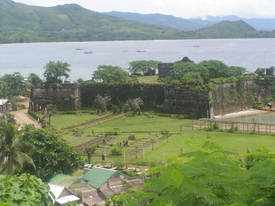 Casa Rosa Taytay: Views of the fort from our veranda